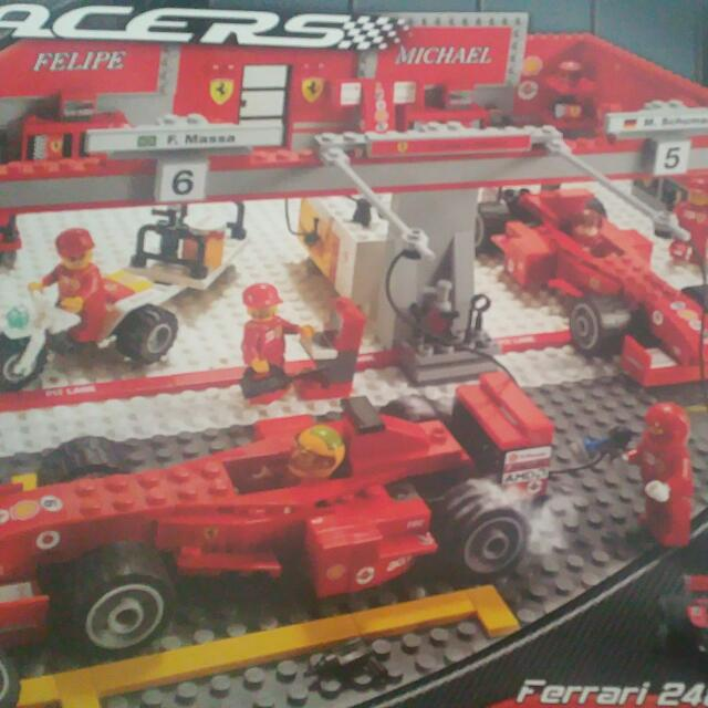 Lego Ferrari Racers F1 Team 8144