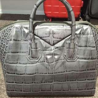 Authentic Givenchy Antigona Large