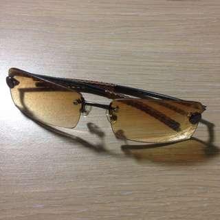 (降價)時尚太陽眼鏡