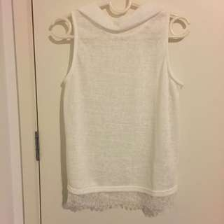 VALLEYGIRL High-neck White Top Lace