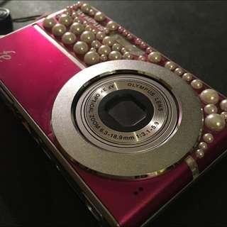 Olympus Point & Shoot Camera