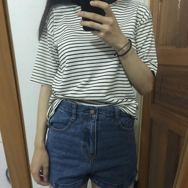 白色條紋上衣/高腰牛仔褲