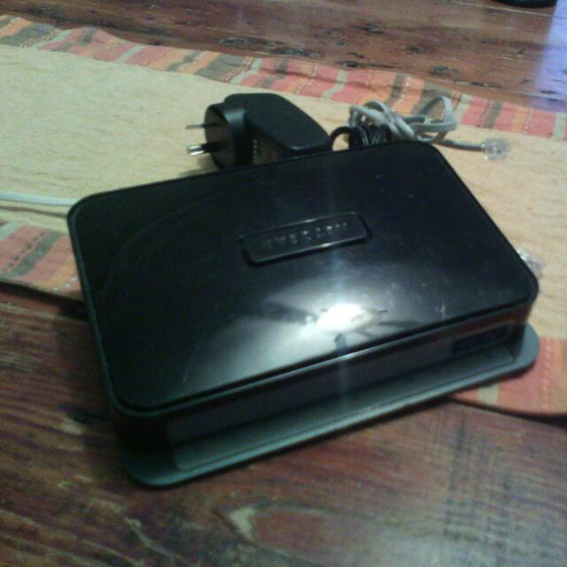 ADSL2+ ROUTER -Netgear N300
