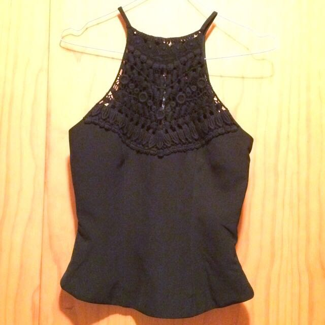 Ally Top Size 8