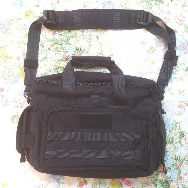 軍用耐操側背包筆電包防水防震CORDURA 全新