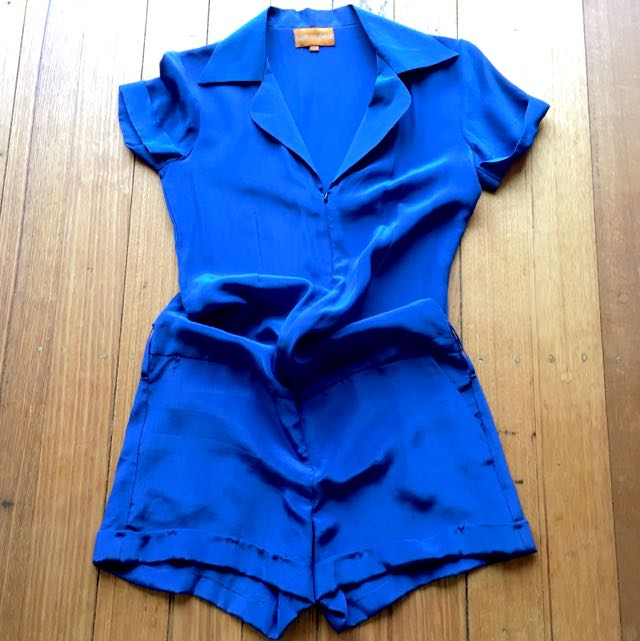 Label: East Of India / 100% Silk / Playsuit