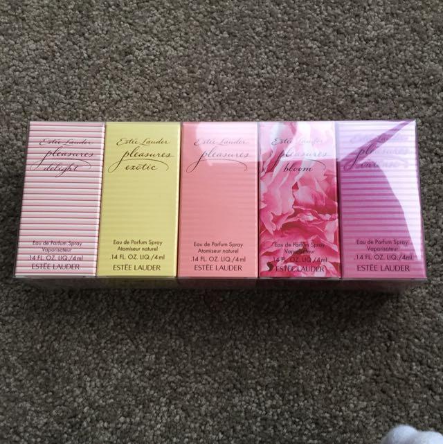 Estée Lauder Pleasures Perfume Set