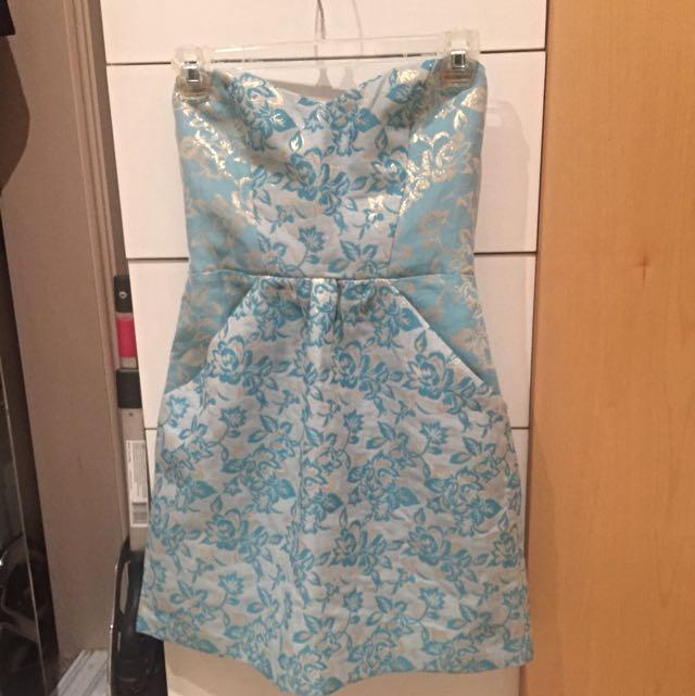Kimichi Blue Strapless Dress Sz Small