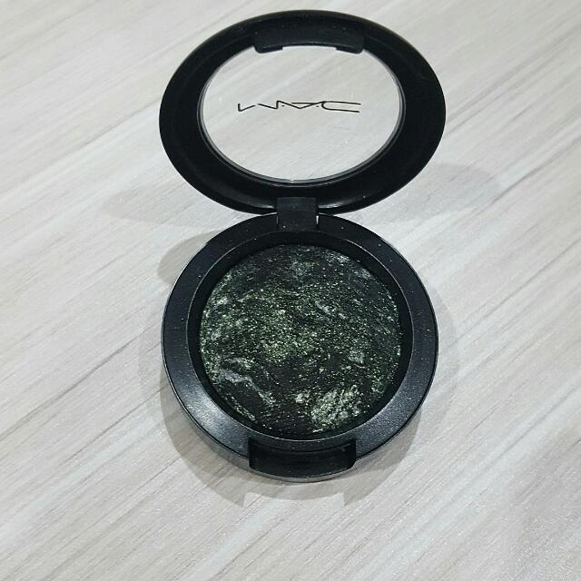 Mac Dark Smutty Green Eye Shadow