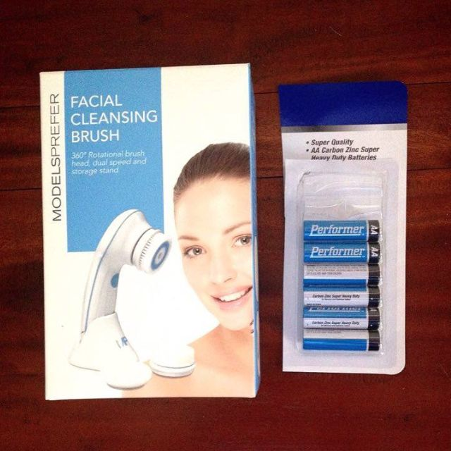ModelsPrefer Facial Cleansing Brush with 8x AA Batteries