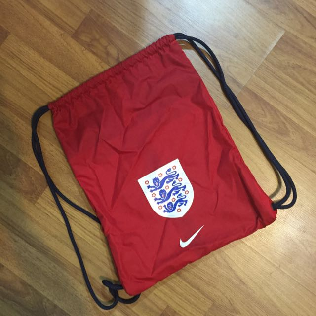 c110e85e1cf1 Nike England National Team Drawstring Bag (Authentic)