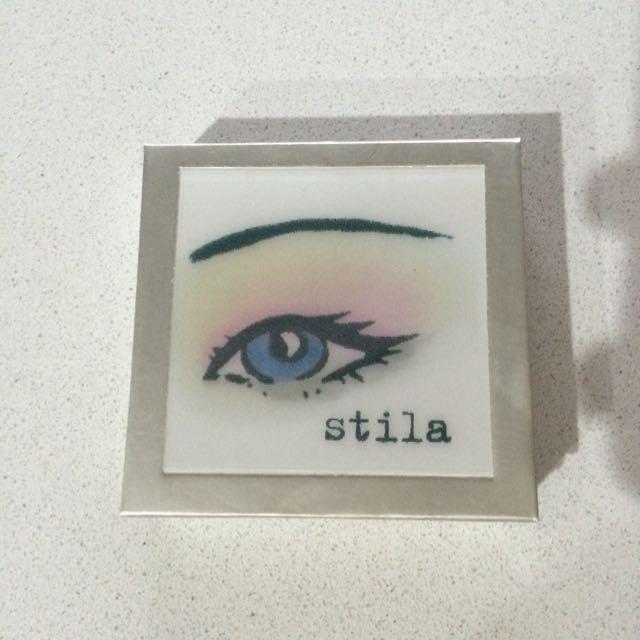 Stila Lovely Eye The Talking Palette