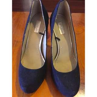 Black Pumps Heels size 9