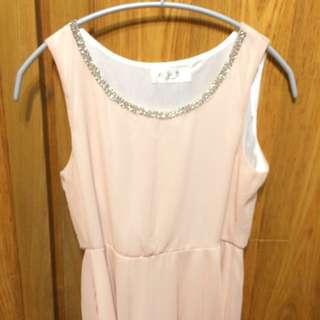 鑽飾粉色雪紡洋裝