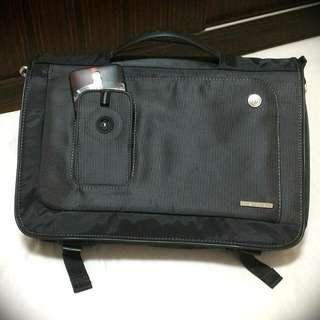 全新 ASUS 時尚多功能 Targus多功能電腦包  公事包  提包  肩背包  側背包