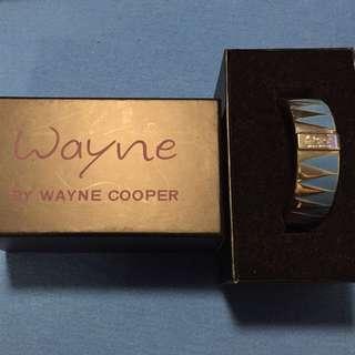 🛍 Wayne by Wayne Cooper Bangle