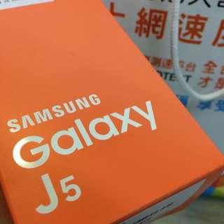(保留中)Samsung J5 全新 白色 White保固中