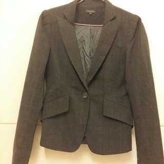 灰黑色 西裝外套