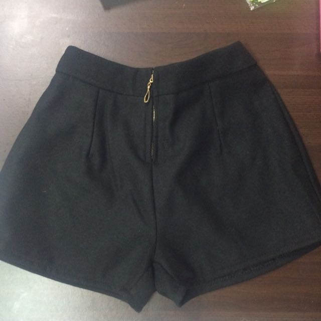 百搭黑短褲(全新✨)