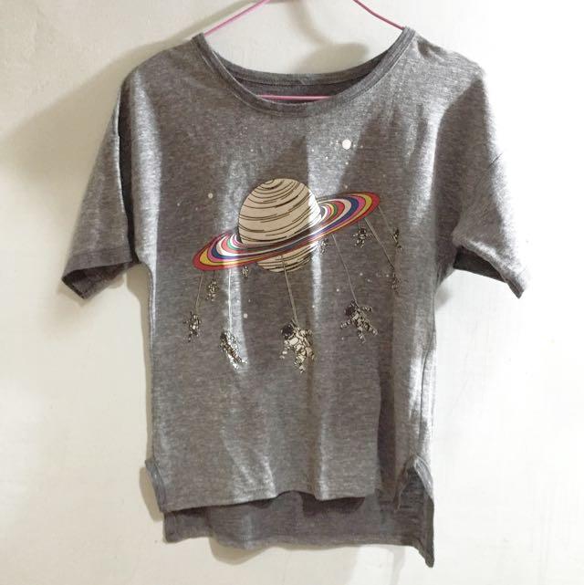 宇宙🚀太空人灰色前短後長個性T恤