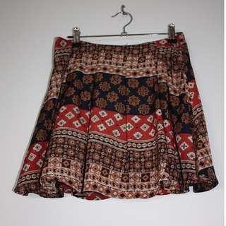 🌻 Patterned skirt