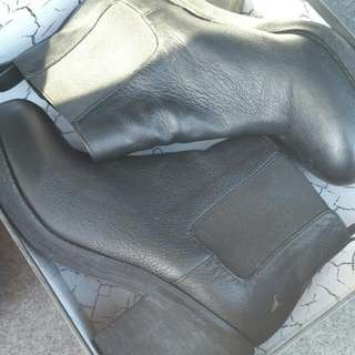 Black Leather Boots (Size 8.5)