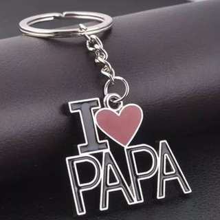 BRAND NEW I Love Papa Keyring!  Perfect For Dad!