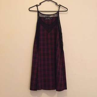 Checkered And Lace Dress. Size M