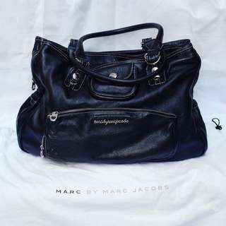 100% Authentic Marc By Marc Jacobs Giant Leather Bag
