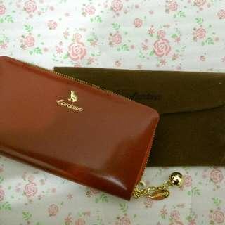 leather purse