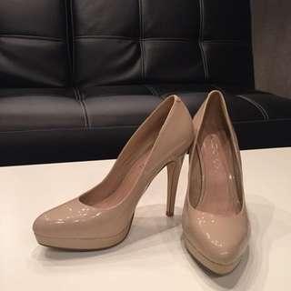 Aldo Classic Nude Patent Leather Pumps - Women's Heels