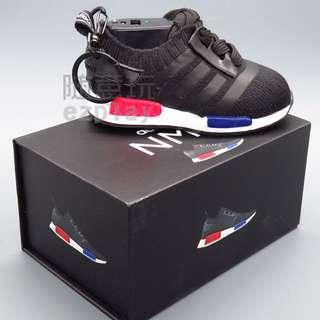 限量 潮流 愛迪達 NMD 球鞋造型 行動電源 隨身充 隨充 移動電源 8000豪安