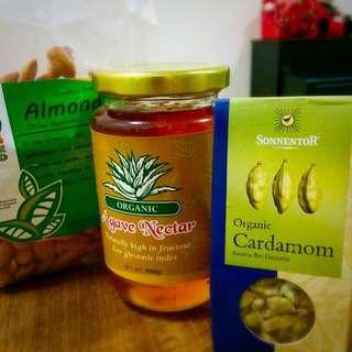 Organic Cardamom Almond Milk (250ml)