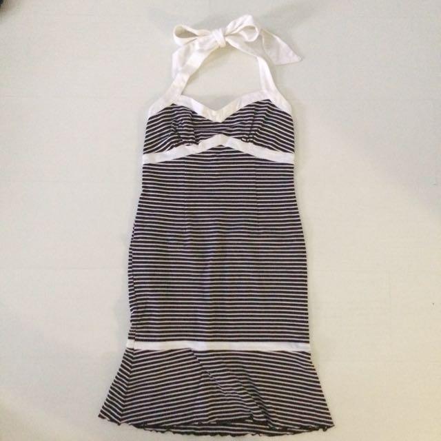 日本百貨專櫃購入 貴婦款 如美人魚般身型的蝴蝶結綁繩露背洋裝 夏日海洋風