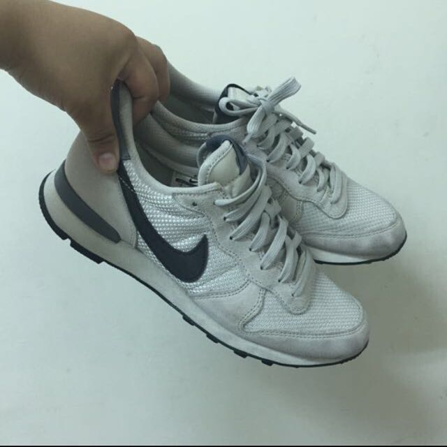 二手 Nike Gs internationalist mid米灰 松本惠奈