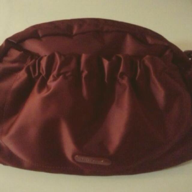 正品Agnes b 酒紅皮邊綢緞時尚包