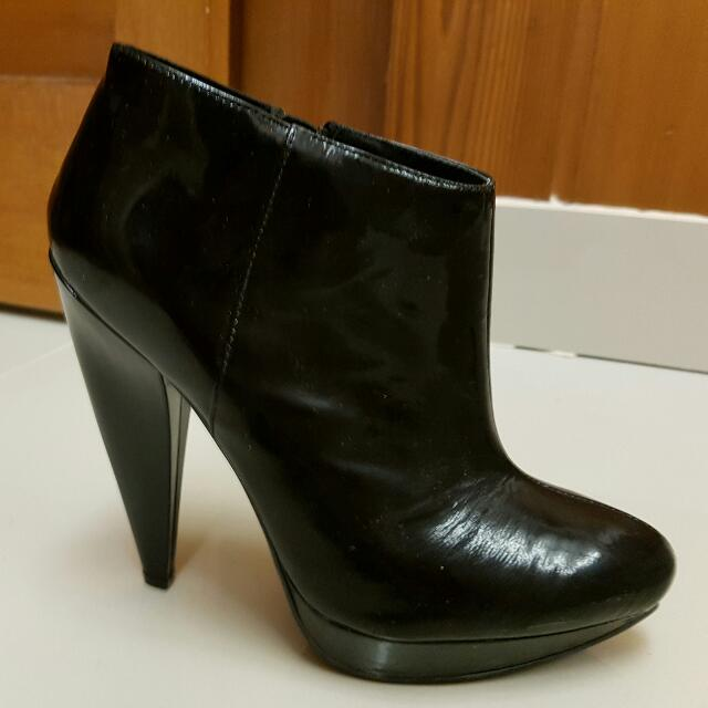 Black High Shoes Size 38 Only Worn Once - Make An Offer