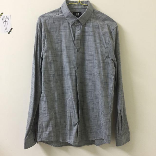 H&M. 灰色襯衫 全新
