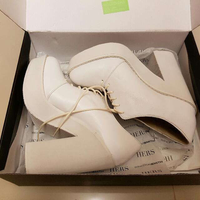 White Leather Shoes - Size 7 - Make An Offer