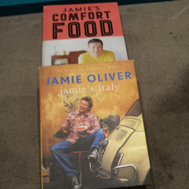 X2 Jamie OLIVER Cookbooks