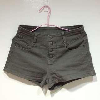 軍綠 寬鬆 低腰 四扣 牛仔 短褲 #兩百元短褲