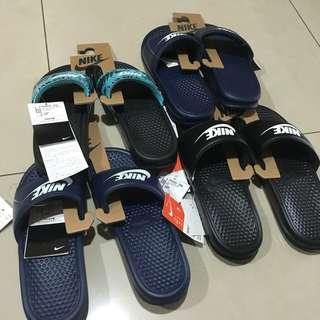 日本公司貨剛到台灣的nike拖鞋😍😍😍