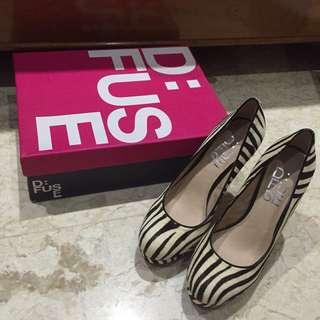D FUSE leopard heels