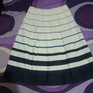 Skirt Size M