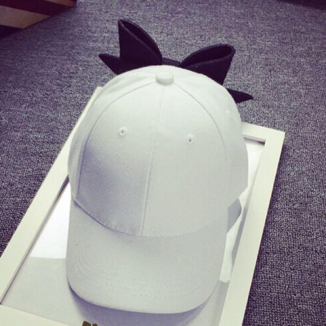 撞色大蝴蝶結帽帽-白