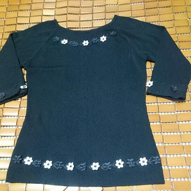 黑色針織衫