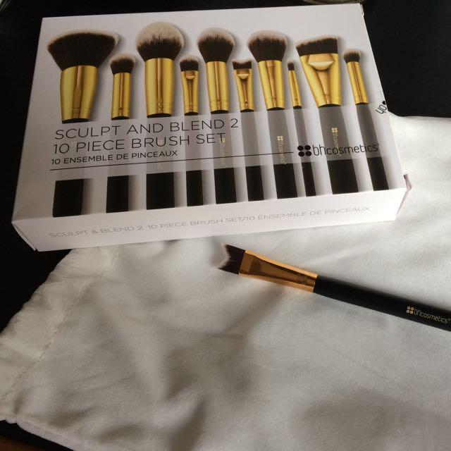 含運)Bh Cosmetics 131 Nose Contour Brush 鼻子修容刷/化妝掃