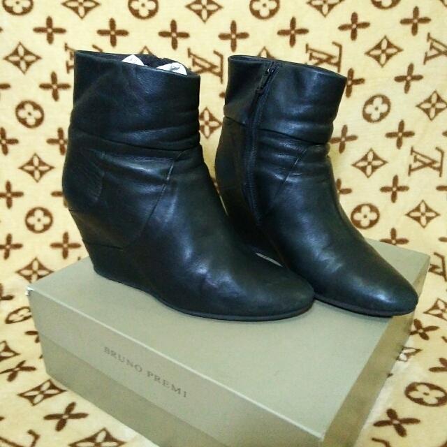 Bruno Premi Leather Wedge Boots