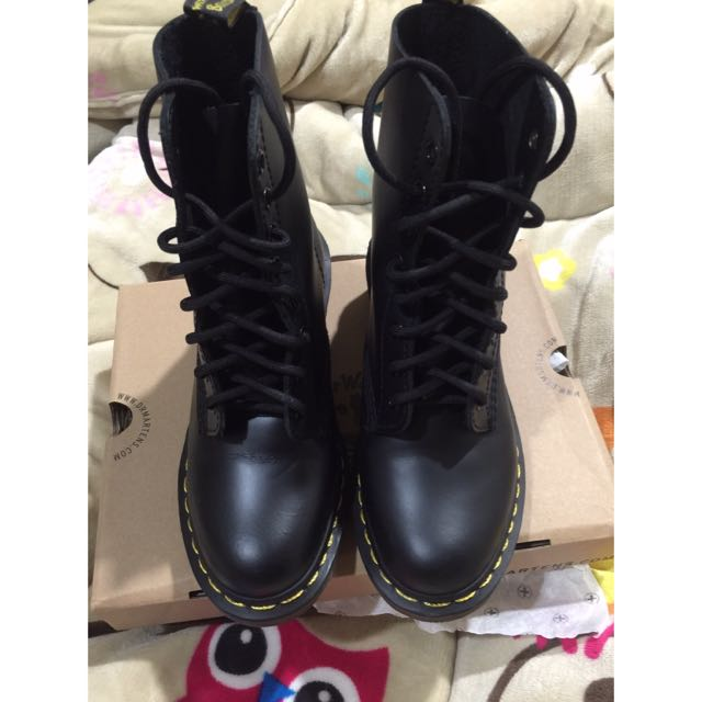 Dr Martens 8孔Clemency