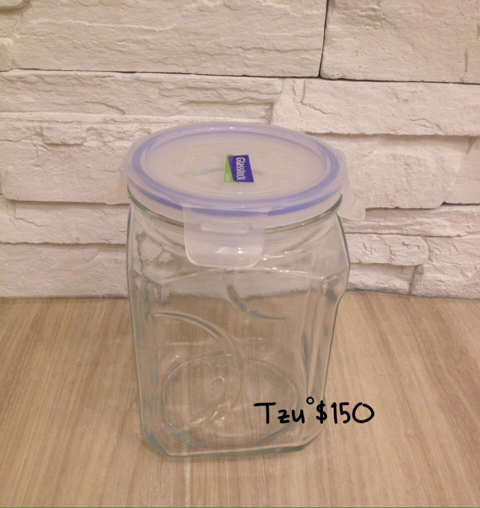 GLASSLOCK樂扣玻璃罐,高度約19公分,二手商品。